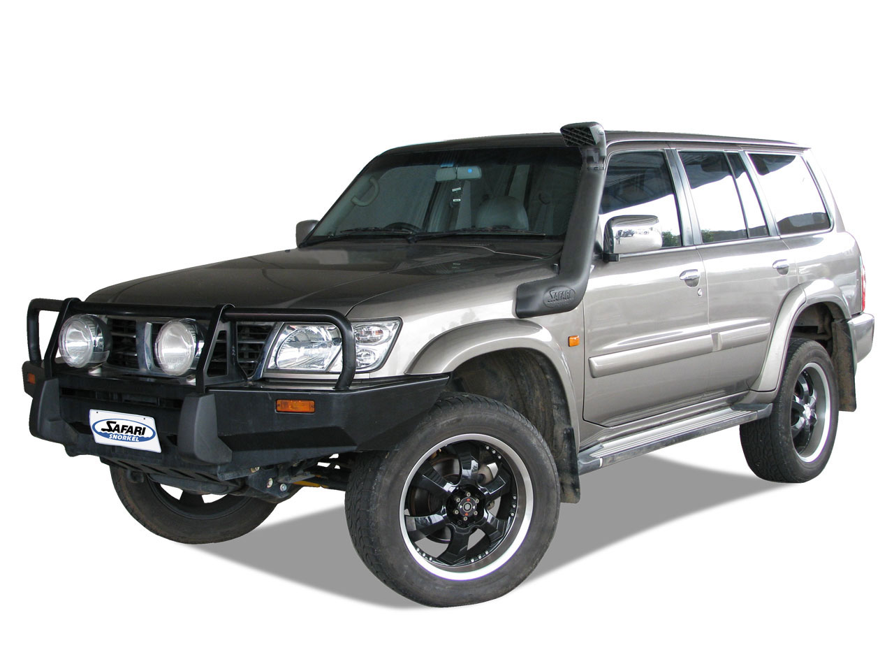 safari snorkel system for the nissan patrol. Black Bedroom Furniture Sets. Home Design Ideas